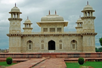 Agra One Day Tour Package