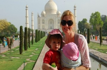 Kids and ladies special Taj mahal day tour