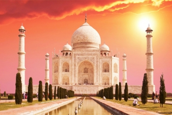2 nights 3 days Delhi Agra tour from Nepal